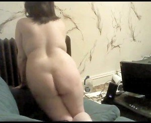 Horny Chubby Teen showing tits and ass on Cam