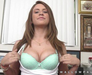 Gorgeous Delilah Blue spreads her ass