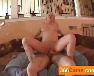 webcam chat live-Hot Blonde Fucked till She Squirts, Free Porn 5d