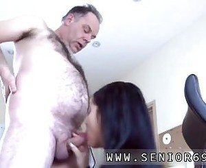 Teen virgin old man sex movie The System-administrator came for a PC