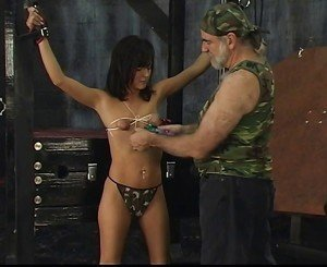 Sexy Britt has sensative body for Max Fetish on torture place