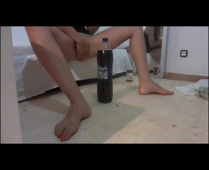 Teen fucks huge bottle.
