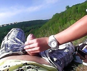 Nice outdoors blowjob on a sunny day